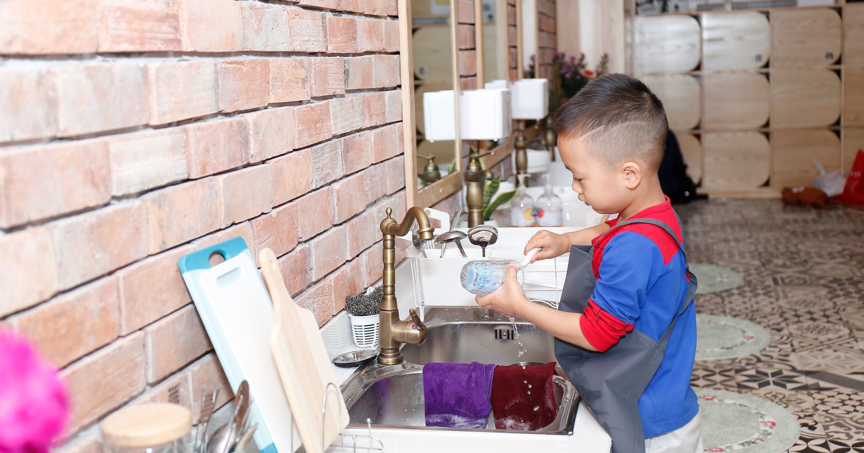 75 điều dễ dàng để nuôi dạy con theo phương pháp Montessori